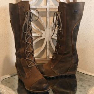 LIKE NEW SOREL CATE THE GREAT TALL WEDGE BOOT  8.5